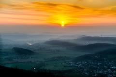 Sonnenaufgang am Rimbergturm in Hinterland