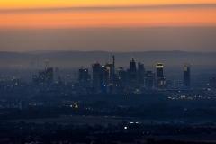 Blick vom Taunus auf die Frankfurter Skyline