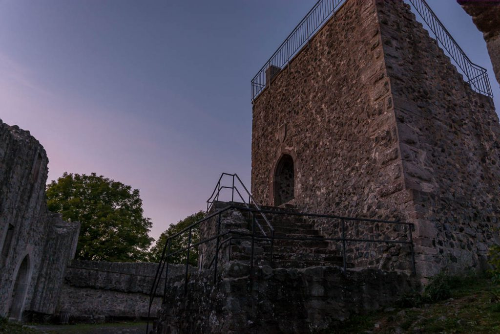 Bergfried Burg Hauneck